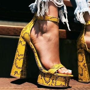 NEW🔥Open Toe Sky High Chunky Heel Platform Sandal